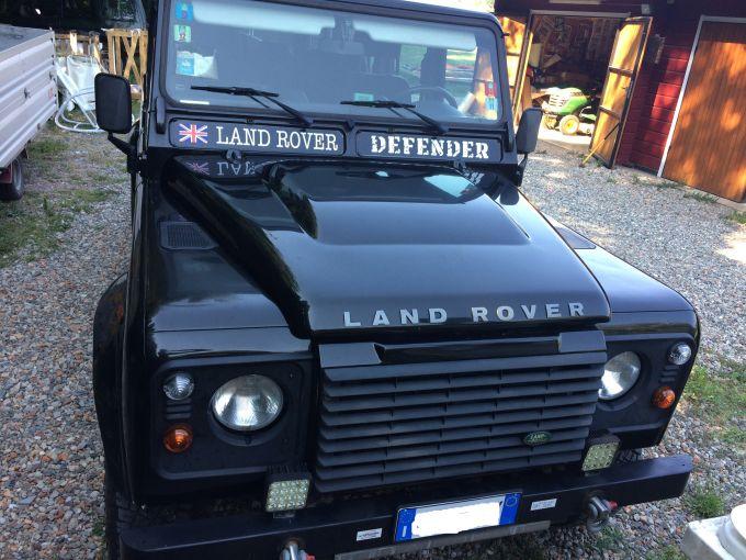 land-rover-defender-se-110-td4-1.jpg