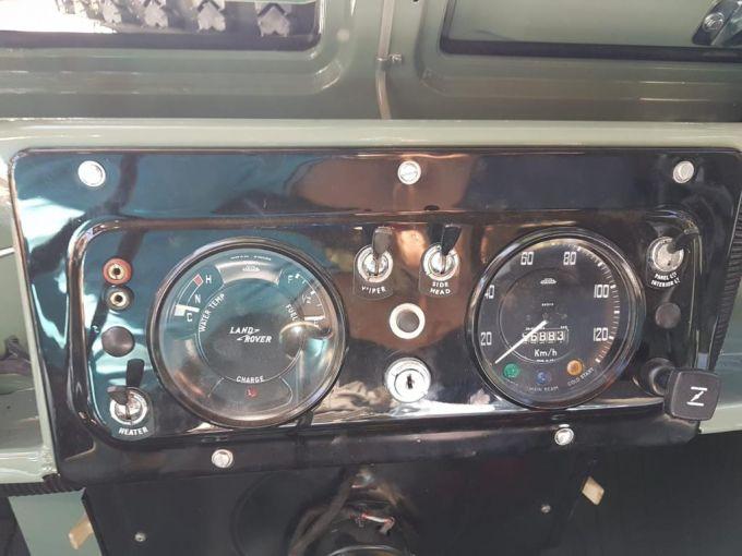 land-rover-series-2-a-autovettura-7-posti-benzina-1.jpg